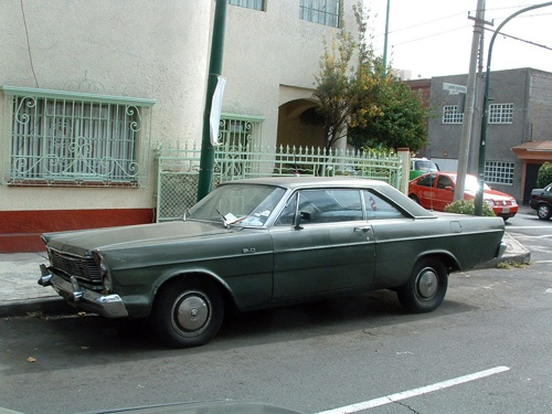 Ford Galaxie Mexikóvárosban