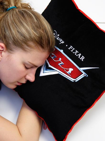 Imecs Orsi egy Verdák párnán alszik. Fotó: Fenyő Balázs