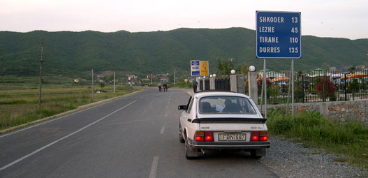 Meglepően jó út vezet Shkodrába