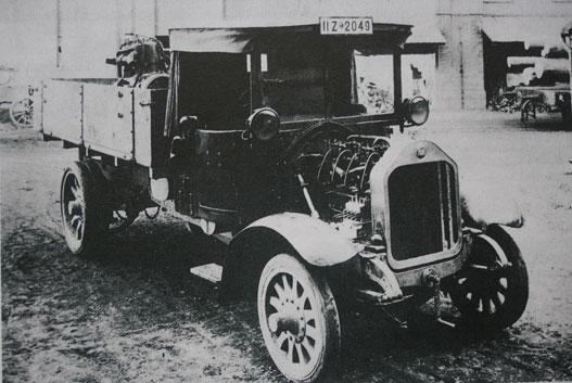 Először ebben a teherautóban működött közúton dízelmotor. 1924-es MAN, Rudolf Diesel 1913-ban halt meg