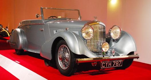 Ez meg Barnato kocsija a felesége karosszériájával