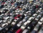 Rogyadozik, de legalább stagnál– Hogyan hatott eddig a válság a használtautó-piacra?