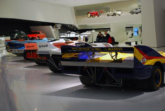25 lóerős trakitól 1500 lóerős borzadályig minden Porsche itt