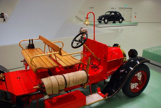 Austro-Daimler ez a tűzoltóautó is