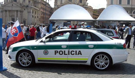 Kétségkívül az egyik legszebb rendőrautó széles e határban