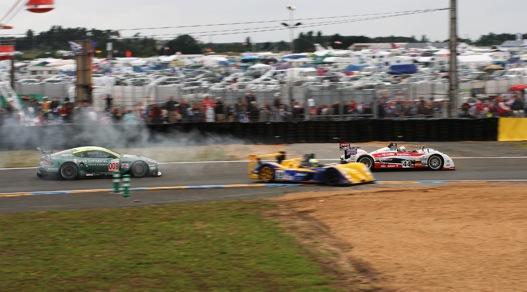 Hogy miért ez a legjobb autóverseny a világon?