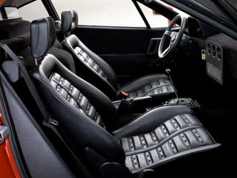 288 GTO belseje