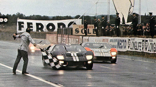 1966-os Le Mans-i befutó. Ford 1., 2., 3.