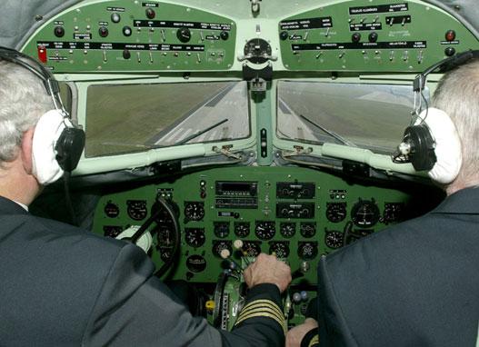Régi idők hangulata a pilótafülkében is