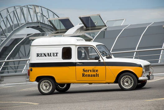 Renault F1-csapat - beugrik?