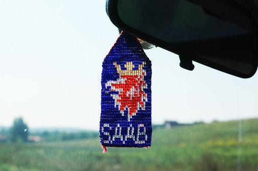 Saab-os barátnők sorsa a gyöngyfűzés