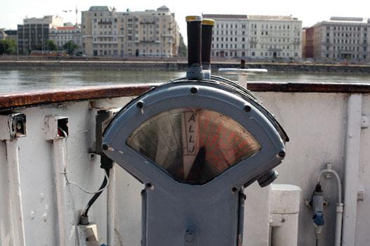 A telegráf, amivel a kapitány és a gépház kommunikál