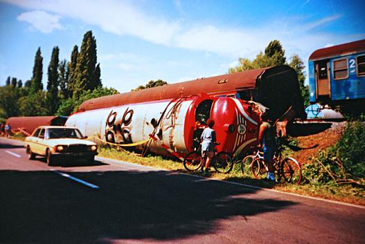 1999. június 4-e: az M61 004 Badacsonylábdihegynél egy viharban kidőlt fának ütközött, kisiklott, meghalt. Mi meg pont arra jártunk a zőccségessel