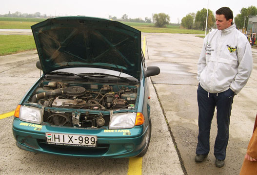 Nem szokták nyitogatni a motortháztetőt