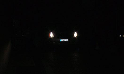 Sötét fényben távoli LED