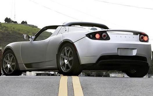 Tesla Roadster: szép, gyors, de vannak még vele gondok