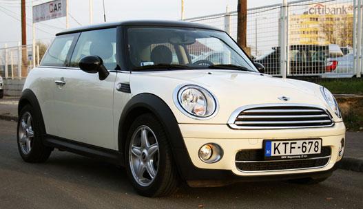 A Mini is jól sikerült darab, de kevésbé hitelesen idézi az őst, mint az 500
