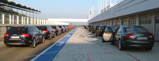 Legalább 25 autó volt, a legolcsóbb 15, a legdrágább 30 millió
