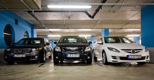 Az Avensis a legmagasabb, egyben a legkeskenyebb