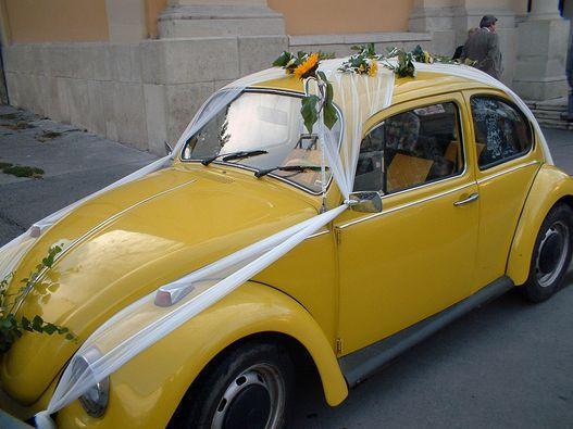 Többször is funkcionált esküvői autóként. Ez a kép 2002-es