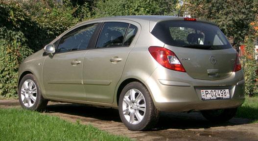 Az Opel szerint az ötajtós a családosoknak készül (!?)