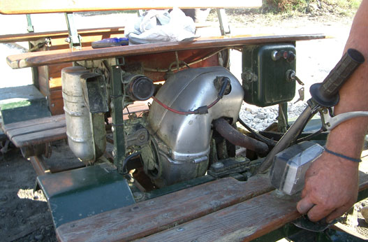 Kényszerhűtés, 4 sebesség, önindító: Tatran 125