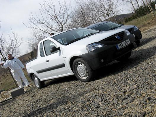 Nem tudom, miért volt cseh rendszám a kocsikon, hisz haszonjárműre nincs regadó