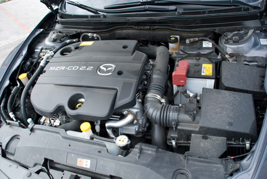 A 185 lóerő sem kevés, de a nyomatéka az igazi, 400 Nm