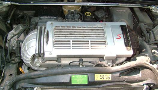 A kompresszor lényegesen hatékonyabb a JCW-ben, mint a Cooper S-ben