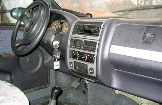 mopedcar_065.jpg