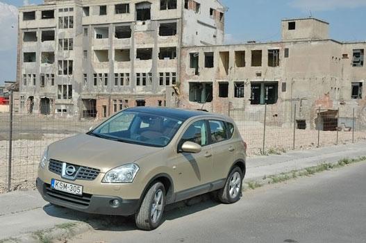 Elhagyatott környéken elhagyatott Qashqai