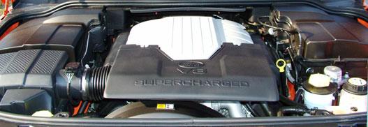390 lóerő, 550 Nm