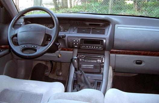 totalcar tesztek haszn ltteszt renault safrane 2 2 dt 1999. Black Bedroom Furniture Sets. Home Design Ideas