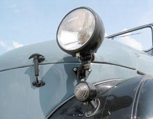 GAZ 69-lámpákkal kémleli az utat