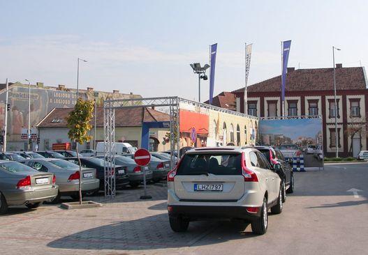 A Váci úton felépített utcadíszlet