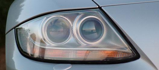 Ezeket az éles vonalakat nyúlta az Audi TT
