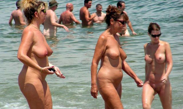 girls naked sex shower