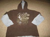 5abdf10529 2. Cherokee 140-es fiús pihe-puha kapucnis hibátlan felső. 1.000 Ft