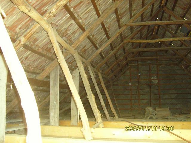 Vályogház tetőcsere