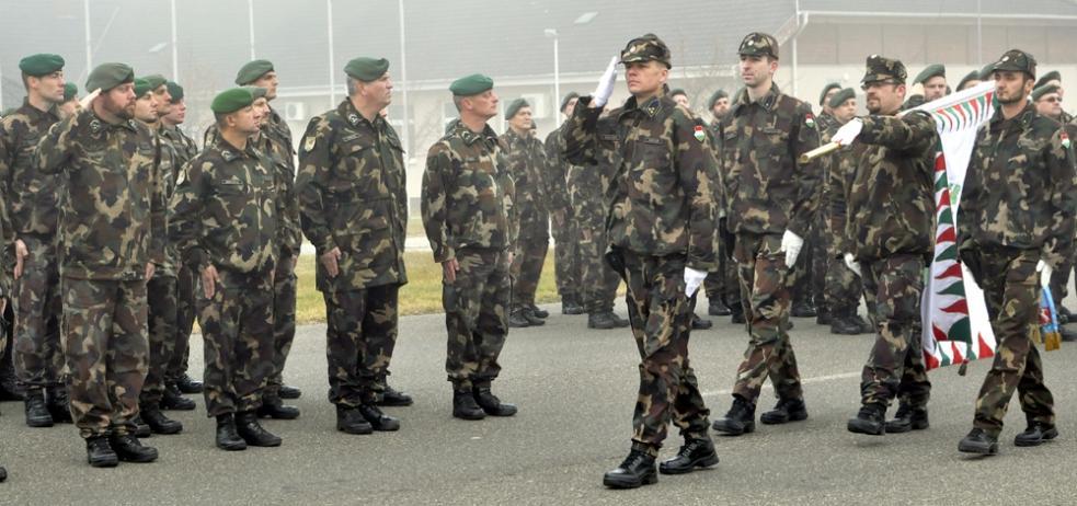 A Magyar Honvédség megsemmisült - Index Fórum 043dd2dd49