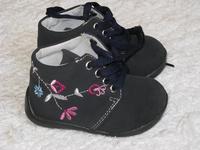 Vadonatúj 19-es gyönyörű Bobbi Shoes cipőcske eladó 3000 d4ddc37214