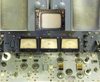 A posztszinaptikus potenciálok kisebb amplitúdójúak (0,1-10 mV VS 70-110 mV).