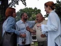 A Novi Sadi TV, és a Magyar Szó munkatársai lebilincselő társaságában.