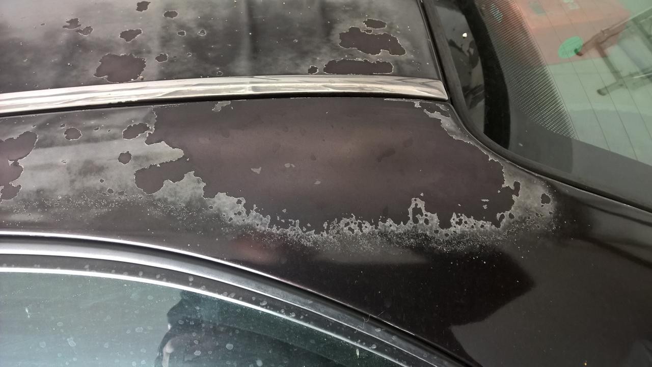 Autó lakkozás lepattog