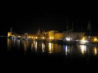Kikötő éjjel