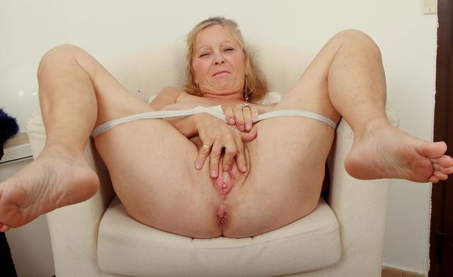 Mature Women Feet, Mature Slut Porn