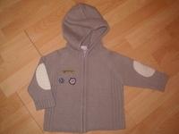 Nagyobb pulóverek és kabátok  1 évesre való abf30a7dcf