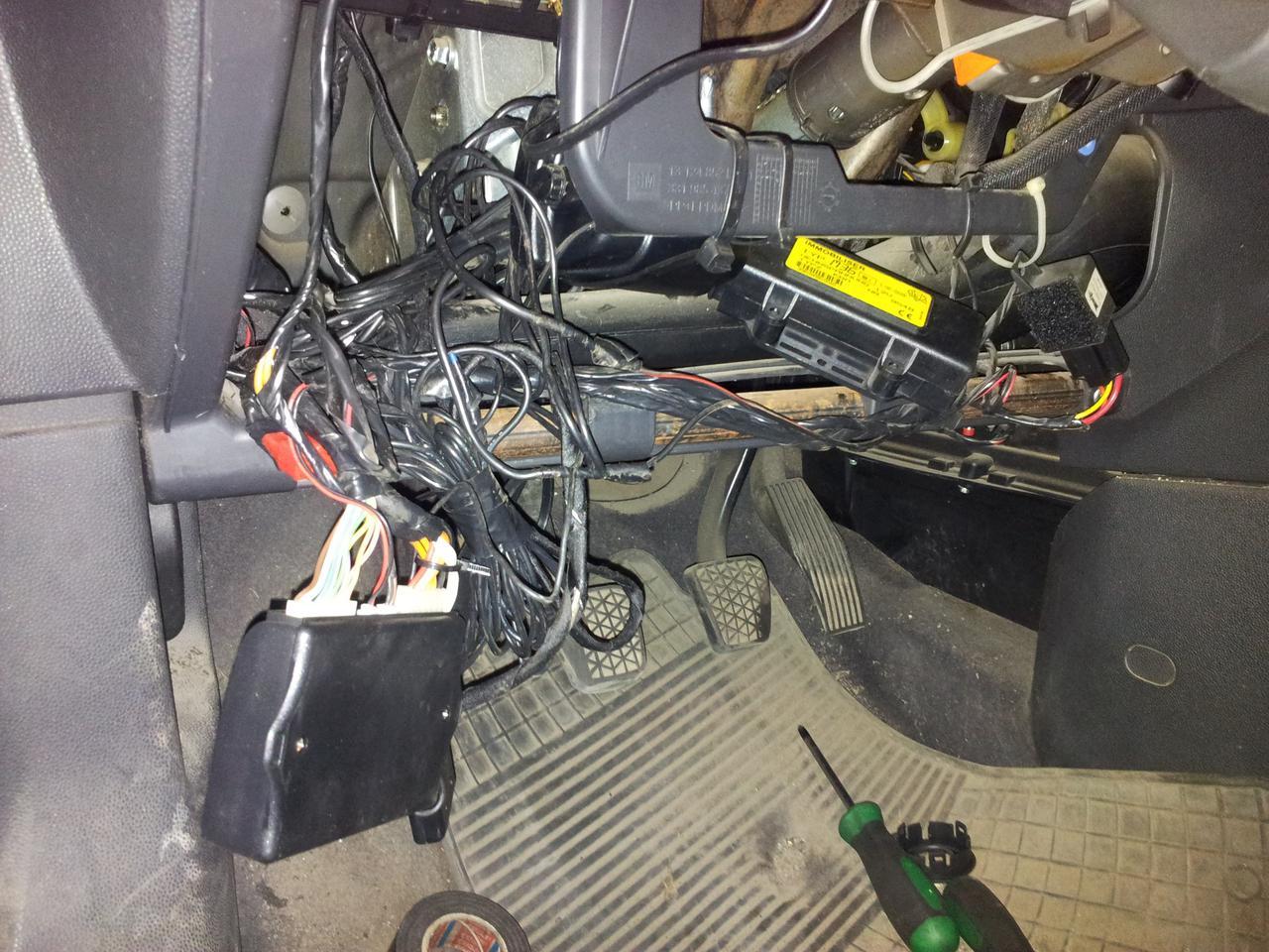 a generátor vezetékei beakadnak udvarlás társkereső oldal
