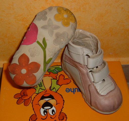 Nagy méretű Női Cipők Sziasztok, kislányom hamar kinőtte