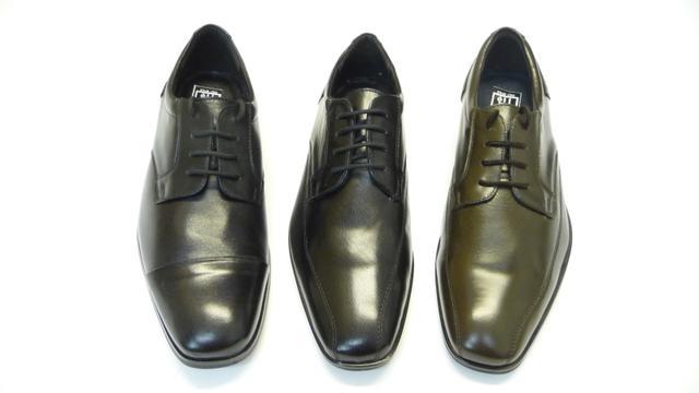 Fekete színű, természetes bőrből készült elegáns férfi cipő, 44 ös méret